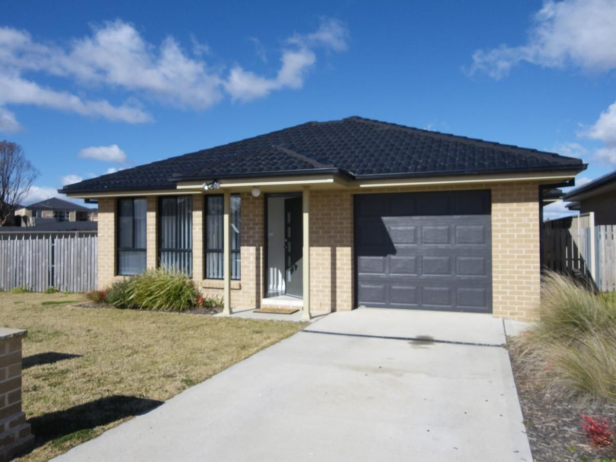 109 Diamond Drive, Orange NSW 2800, Image 1