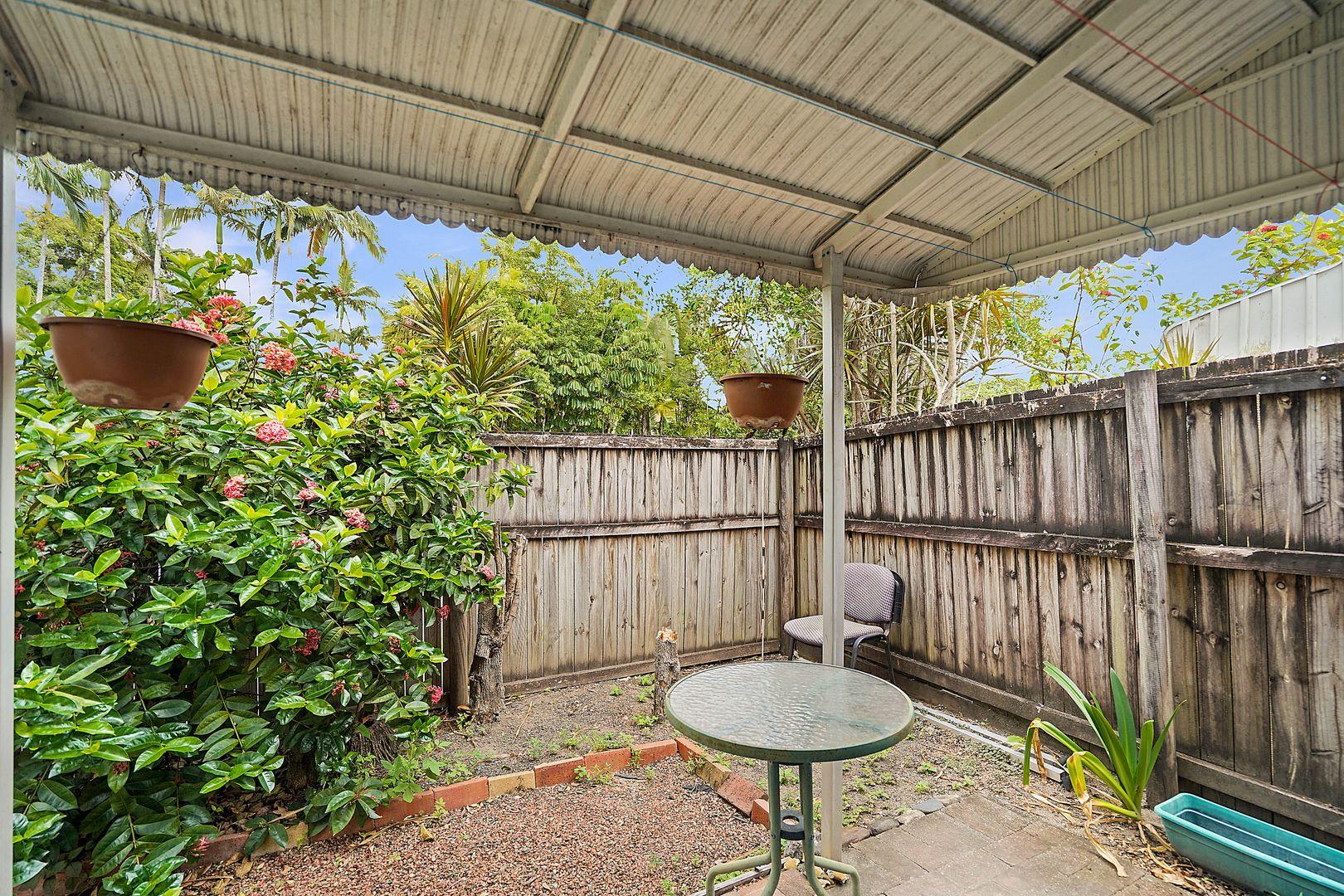 5/31 Miles Street, Manoora QLD 4870, Image 2