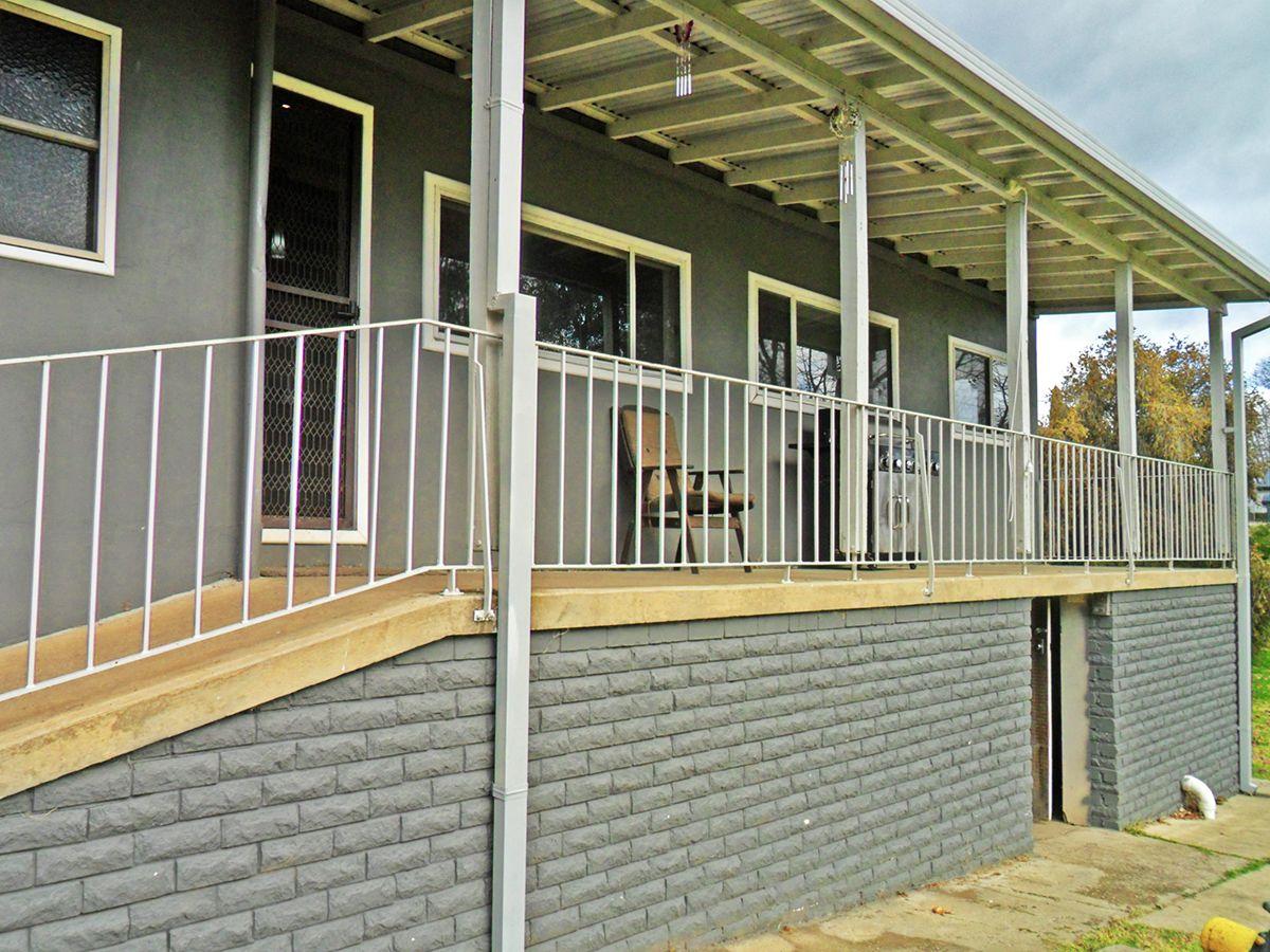 49 Mount Street, Gundagai NSW 2722, Image 2