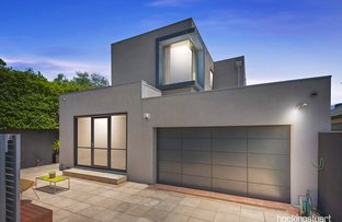 Picture of 25 Holland Grove, Caulfield North VIC 3161