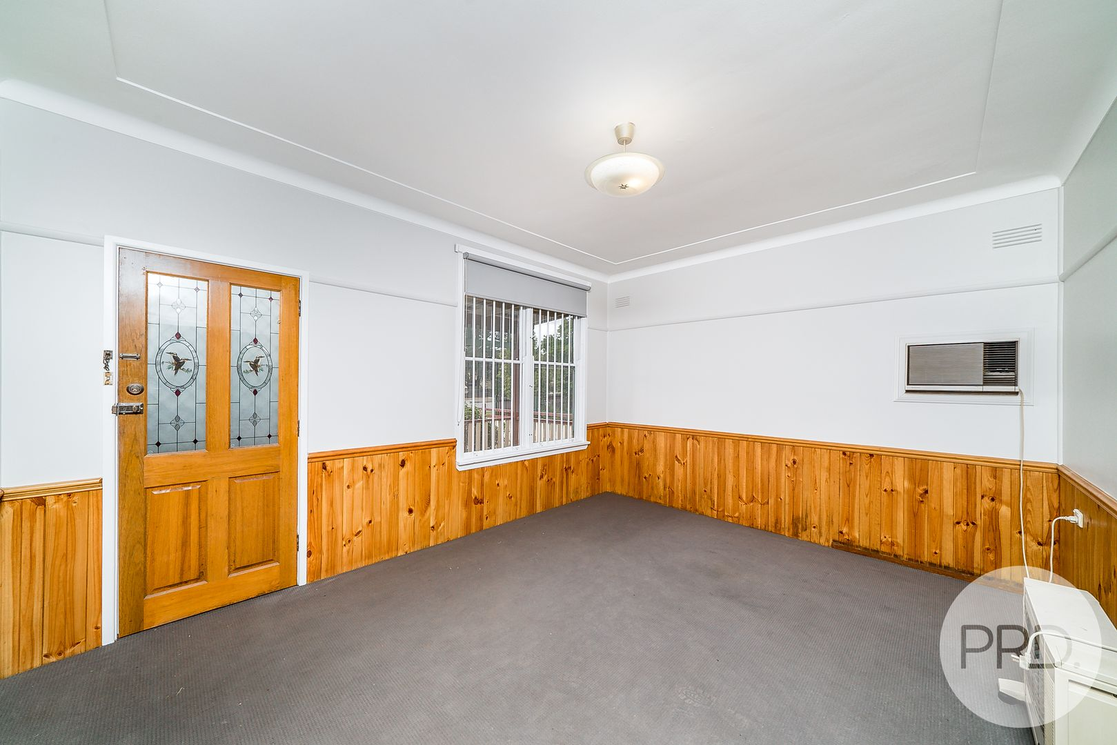 16 McDonough Avenue, Mount Austin NSW 2650, Image 1