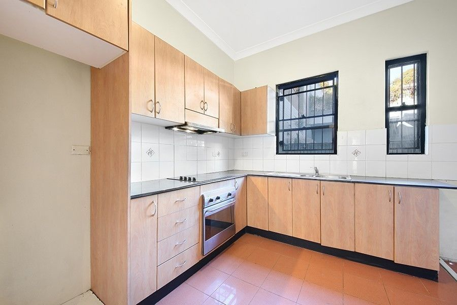 216 Henderson Road, Erskineville NSW 2043, Image 2