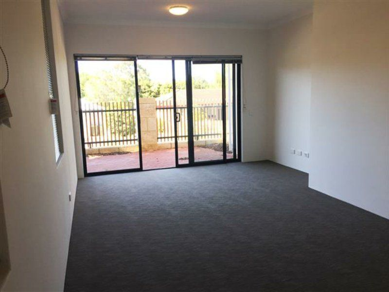 1/7 Juliet Road, Coolbellup WA 6163, Image 2