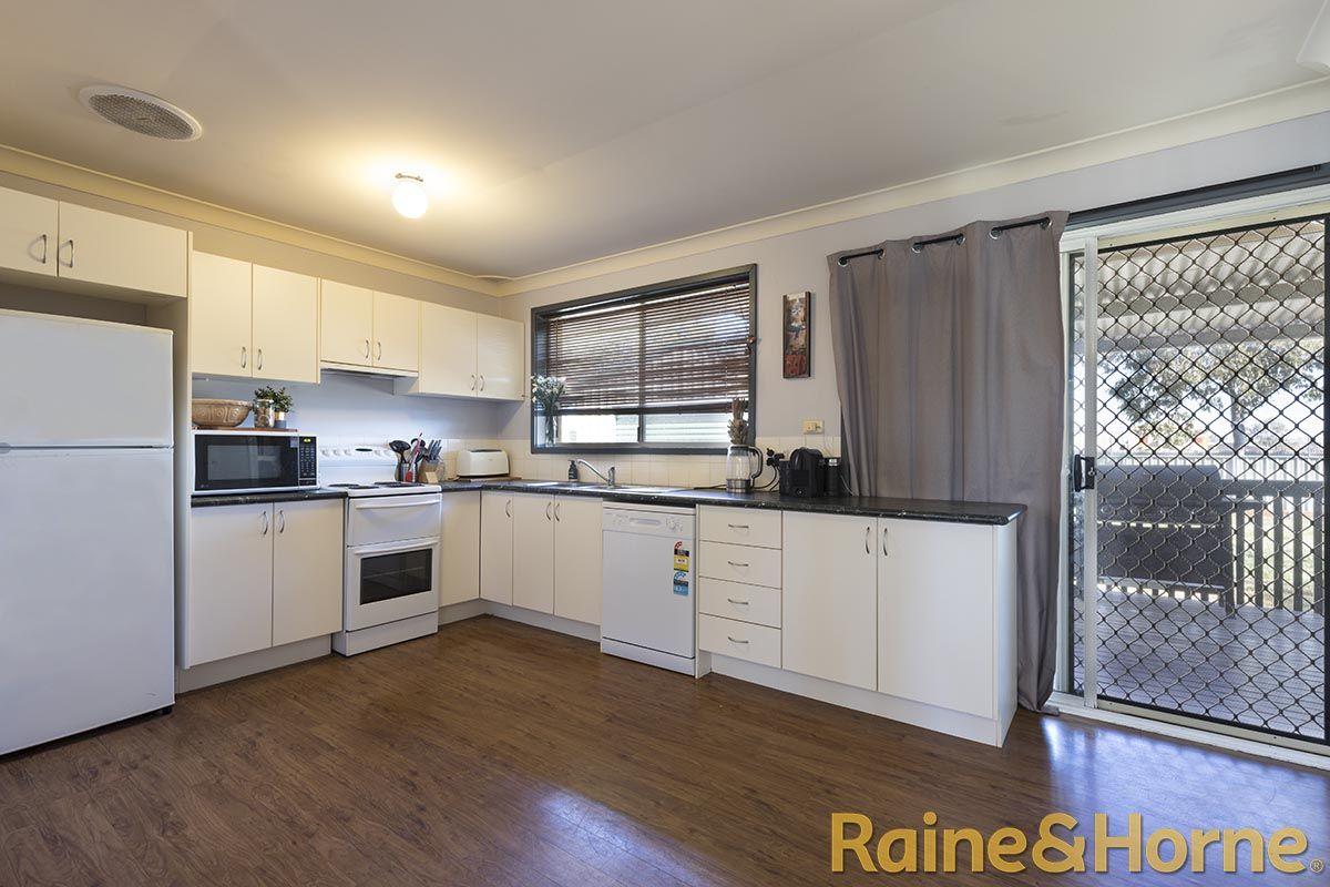 19 Potter Close, Dubbo NSW 2830, Image 1