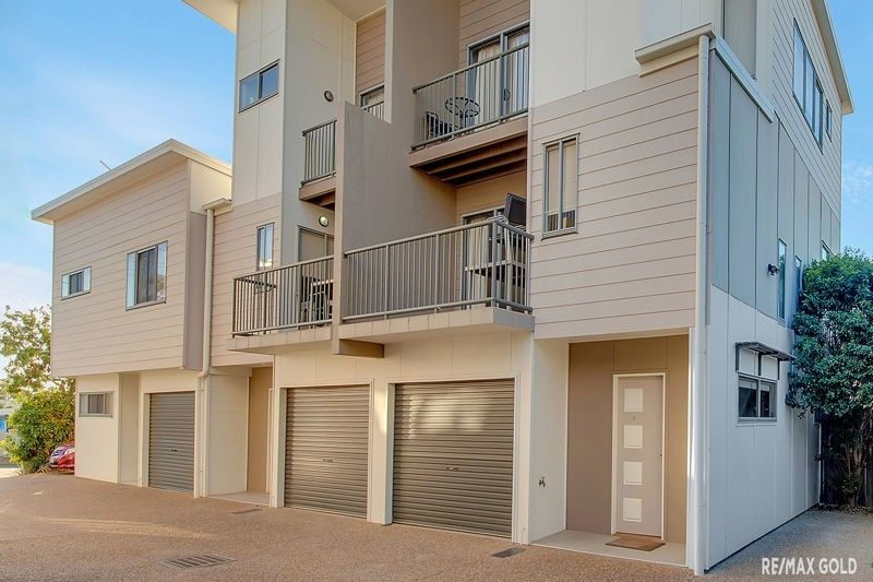 3/4 ROSSELLA STREET, West Gladstone QLD 4680, Image 1