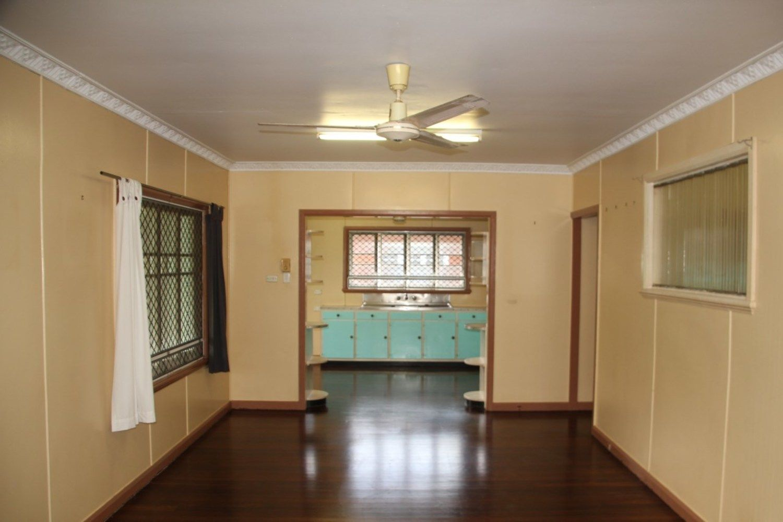 6 Harris Street, Parramatta Park QLD 4870, Image 2