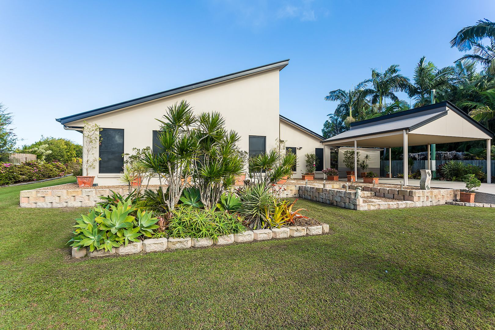 4 Illustrious Court, Cooloola Cove QLD 4580, Image 0