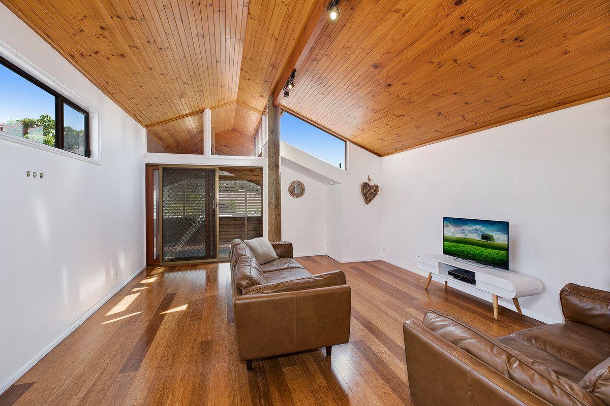 65 Oaks Avenue, Shelly Beach NSW 2261, Image 2