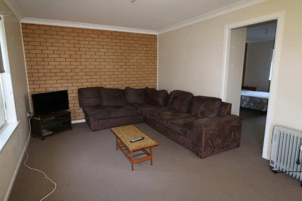 1/27 Lewis Street, Glen Innes NSW 2370, Image 2