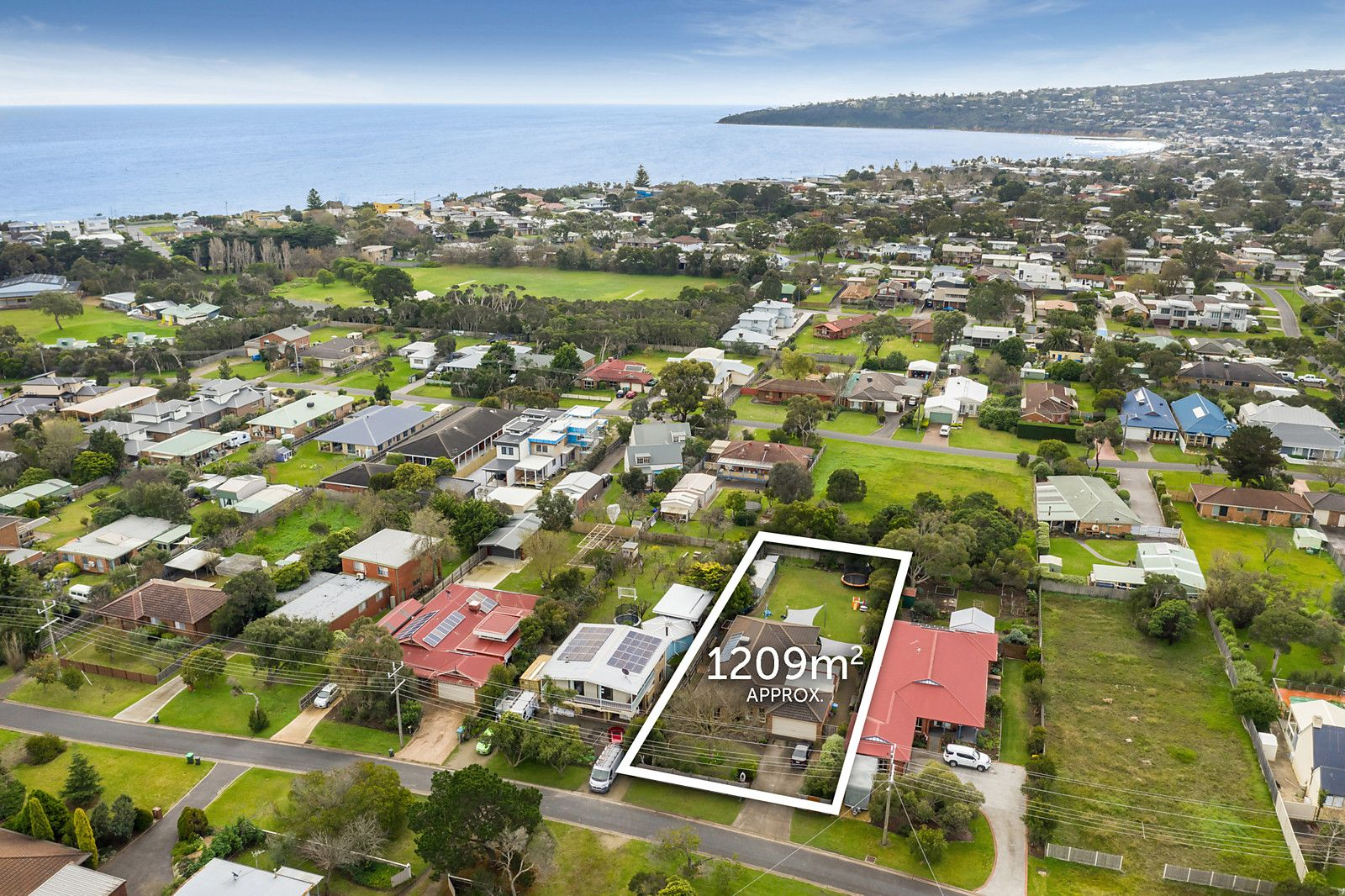 37 Woodlands Grove, Safety Beach VIC 3936, Image 0