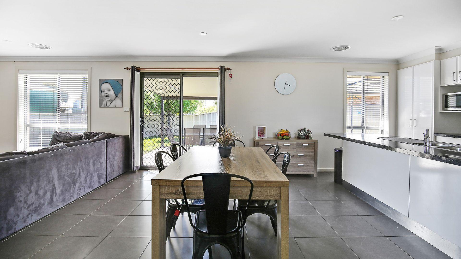 10 Onyx Place, Orange NSW 2800, Image 1