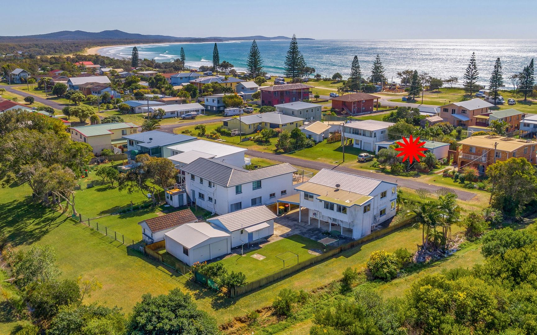 25 Honeysuckle Street, Brooms Head NSW 2463, Image 1