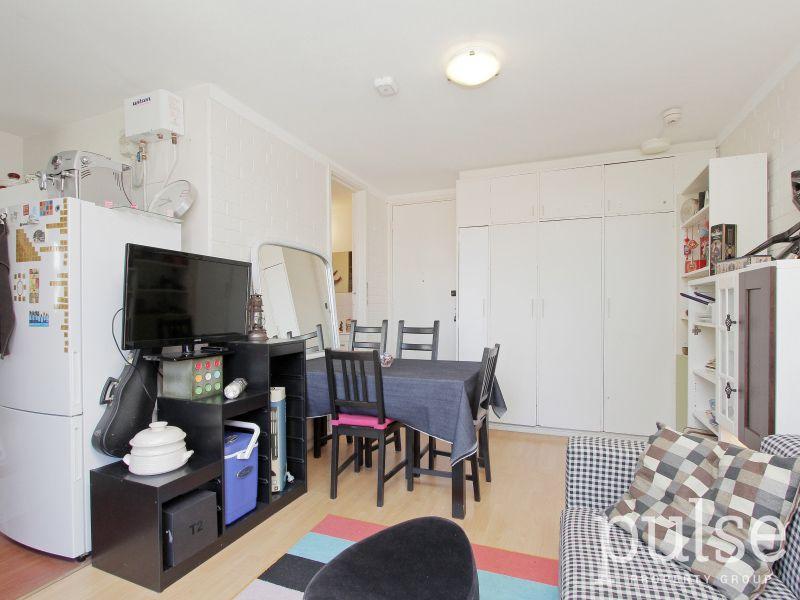 403/112 Goderich Street, Perth WA 6000, Image 2