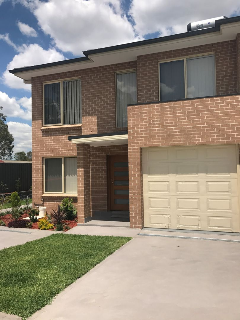 2/8 Adna Street, Plumpton NSW 2761, Image 0