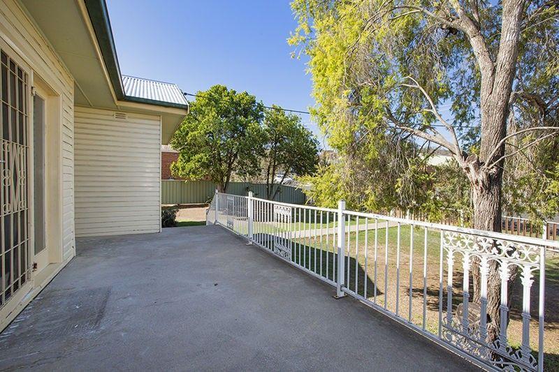 24 Dean Street, Tamworth NSW 2340, Image 1
