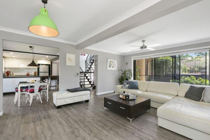 6 Teak Place, Ashmore QLD 4214, Image 1