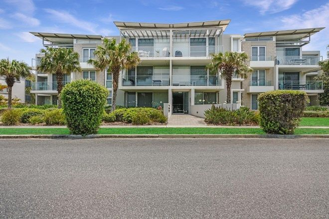 Picture of 3/13-17 Beach Road, HAWKS NEST NSW 2324