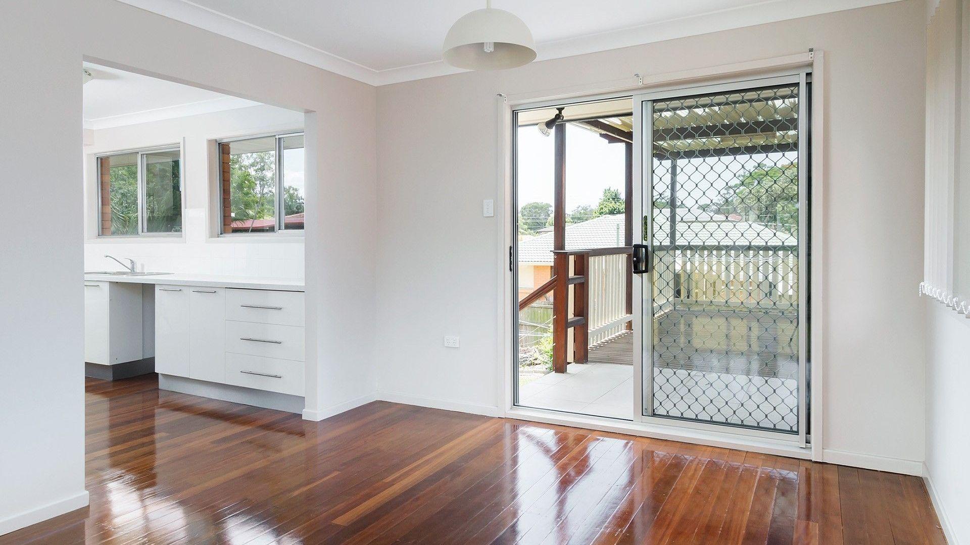 12 Lorrimore Street, Macgregor QLD 4109, Image 2