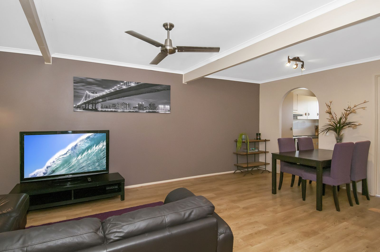 1/1B Guinevere Ct, Bethania QLD 4205, Image 1