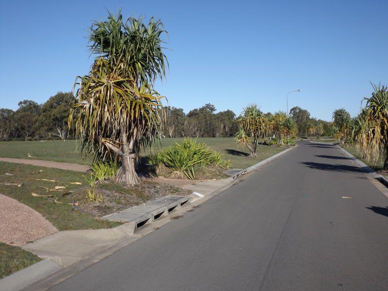 15 Sandcastles Rd, Burrum Heads QLD 4659, Image 2