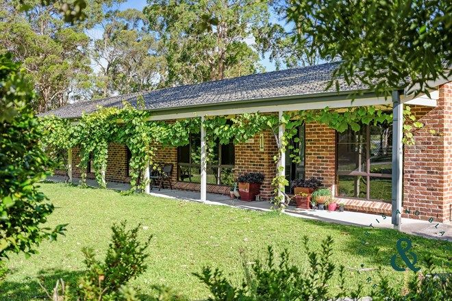 Picture of 1 Griffiths Avenue, MEDOWIE NSW 2318
