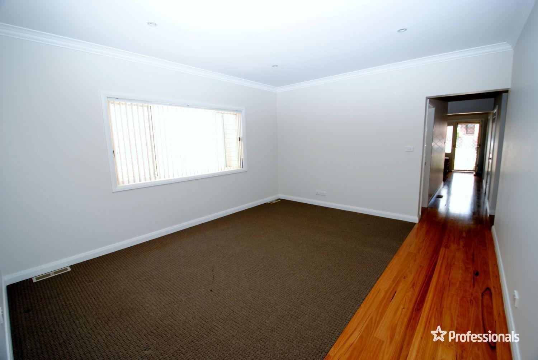 8 Lett Street, Lithgow NSW 2790, Image 2