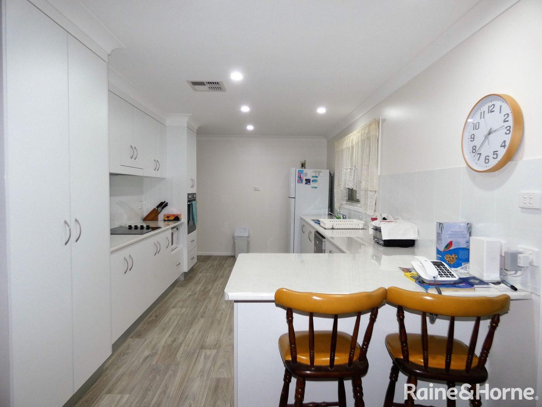 1 Maple Avenue, Moree NSW 2400, Image 2