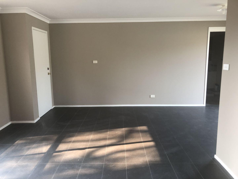 5 Abbeville Close, Prestons NSW 2170, Image 1
