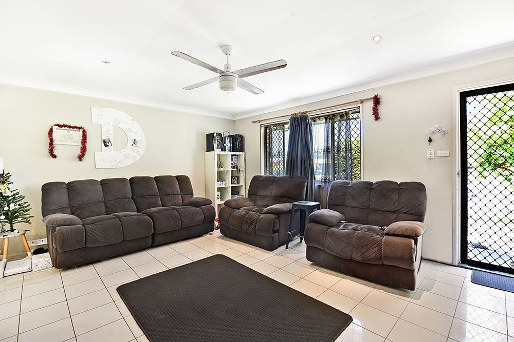 7 Tumbarumba Avenue, Ashmore QLD 4214, Image 1
