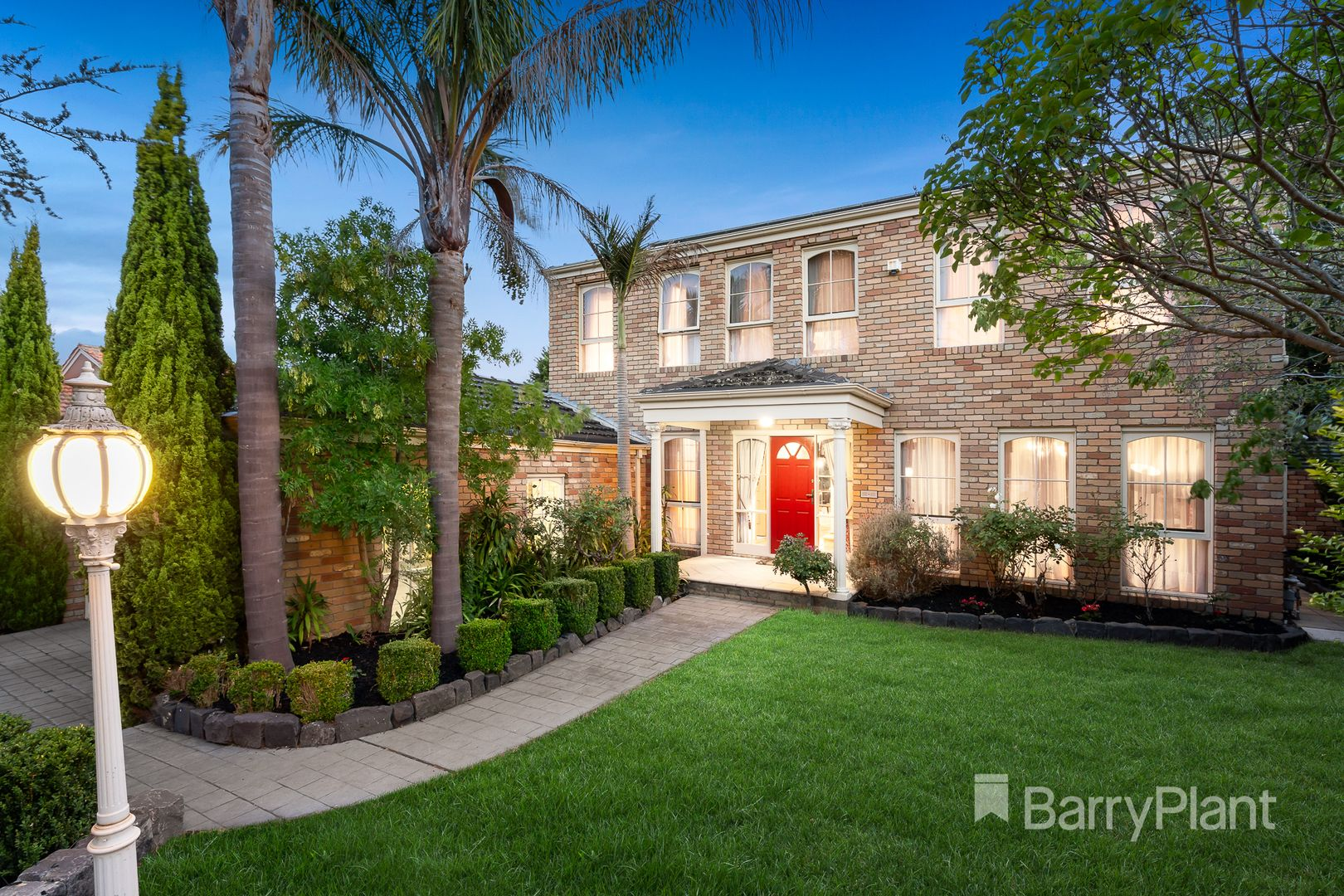 11 Strand Court, Templestowe VIC 3106, Image 0