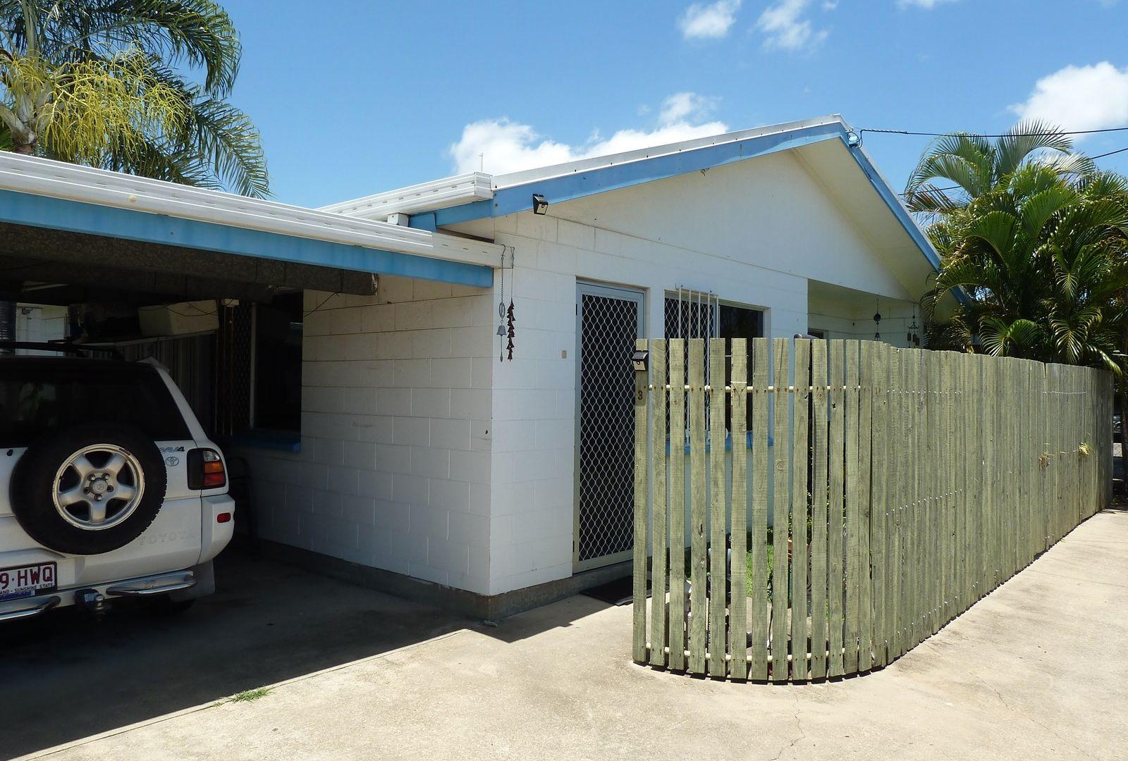 Units 1, 2 & 3/4 Palara Street, Currajong QLD 4812, Image 1