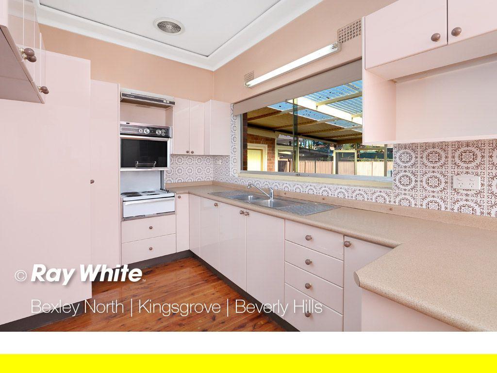 31 Monaro Avenue, Kingsgrove NSW 2208, Image 1