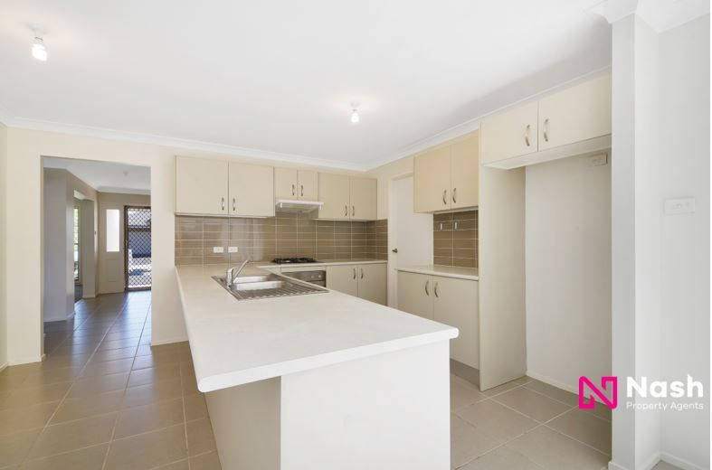 8 Faverolle Drive, Spring Farm NSW 2570, Image 2