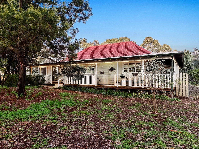 18 Banksia Road, Walliston WA 6076, Image 0