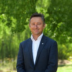 Tom May, Sales representative