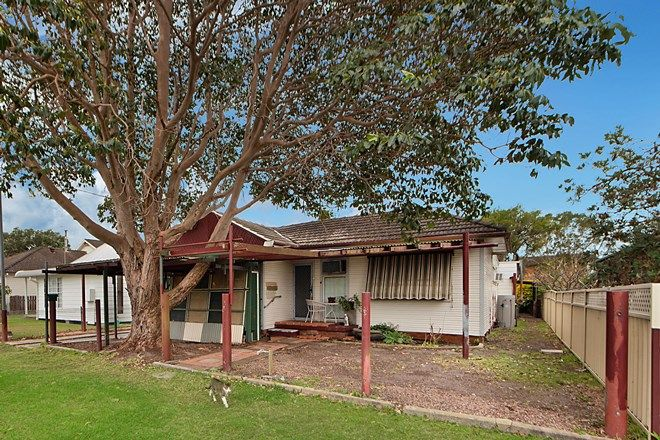 Picture of 8 Catherine Street, SWANSEA NSW 2281