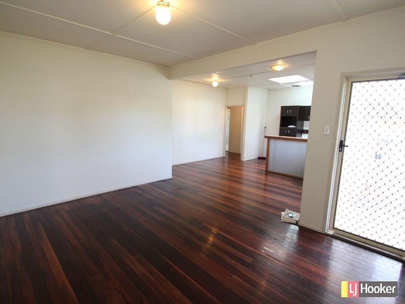 21 The Crescent, Kallangur QLD 4503, Image 1