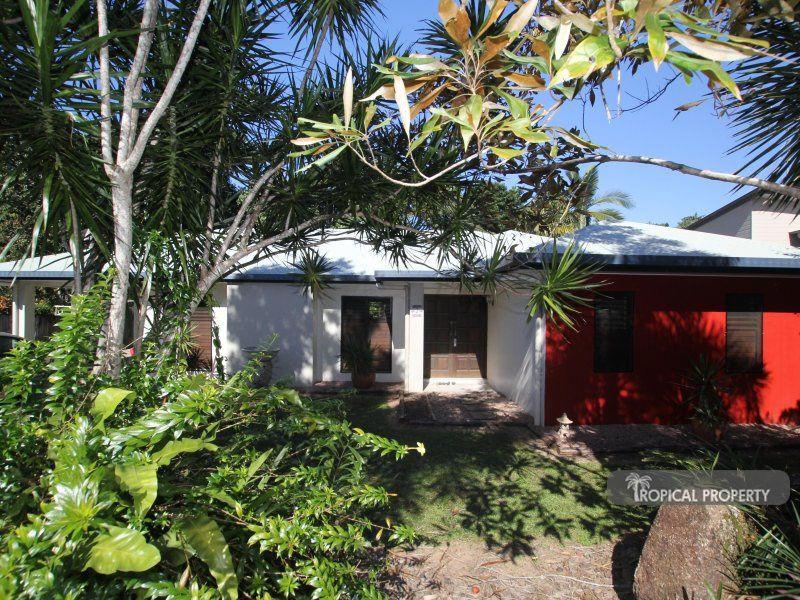 2 Kootooloo Cl, Wongaling Beach QLD 4852, Image 0