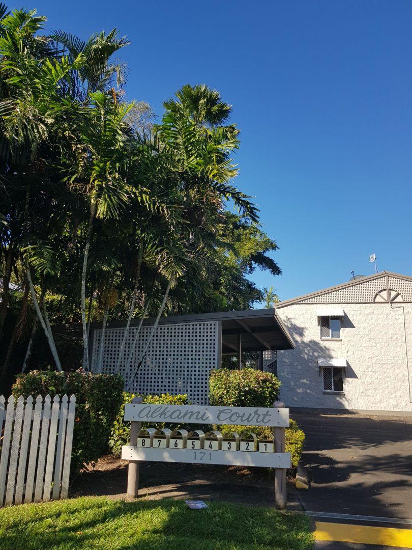 4/171 Hoare Street, Manunda QLD 4870