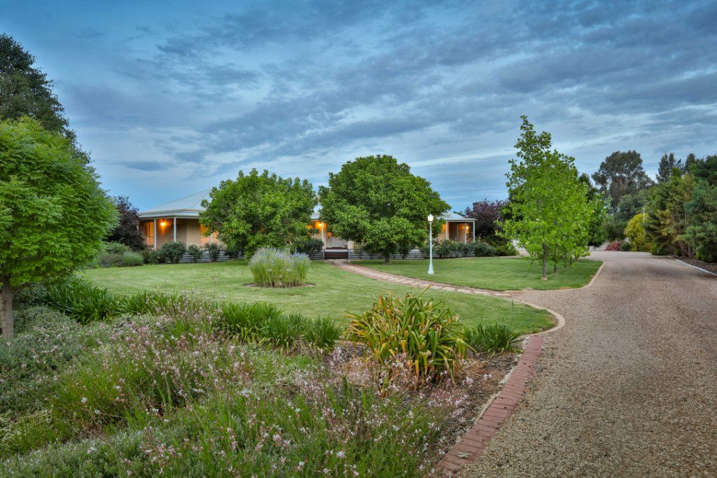 10 Grandview Way, Mildura VIC 3500, Image 1