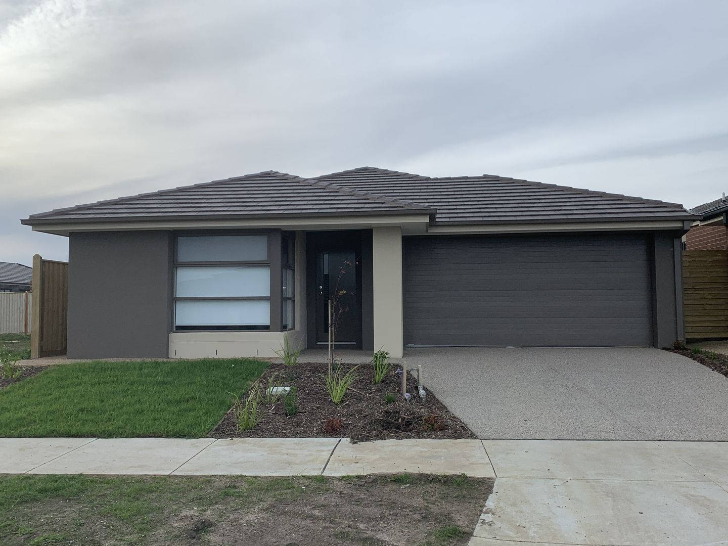 17 Outfield Road, Clyde VIC 3978, Image 0
