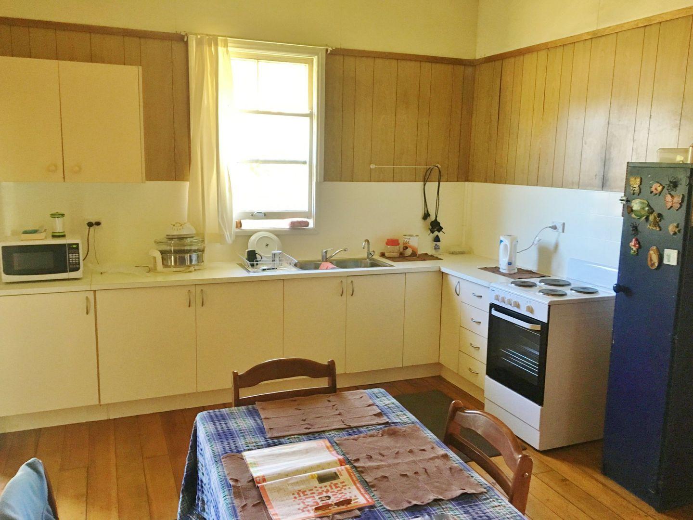 4 Alfred Street, Nanango QLD 4615, Image 1