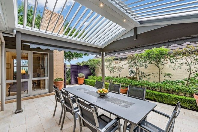 Picture of 8 Stratton Place, TURRAMURRA NSW 2074
