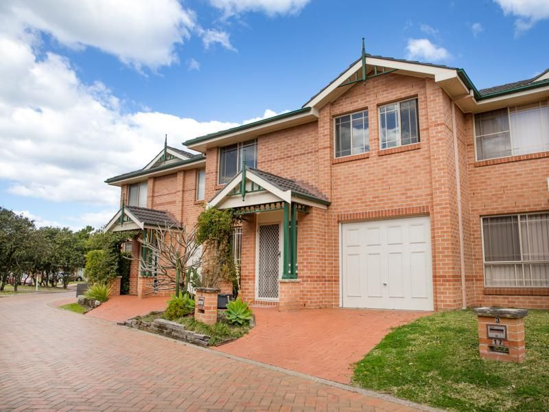 2/17 Hollingsford Crescent, Carrington NSW 2294, Image 0