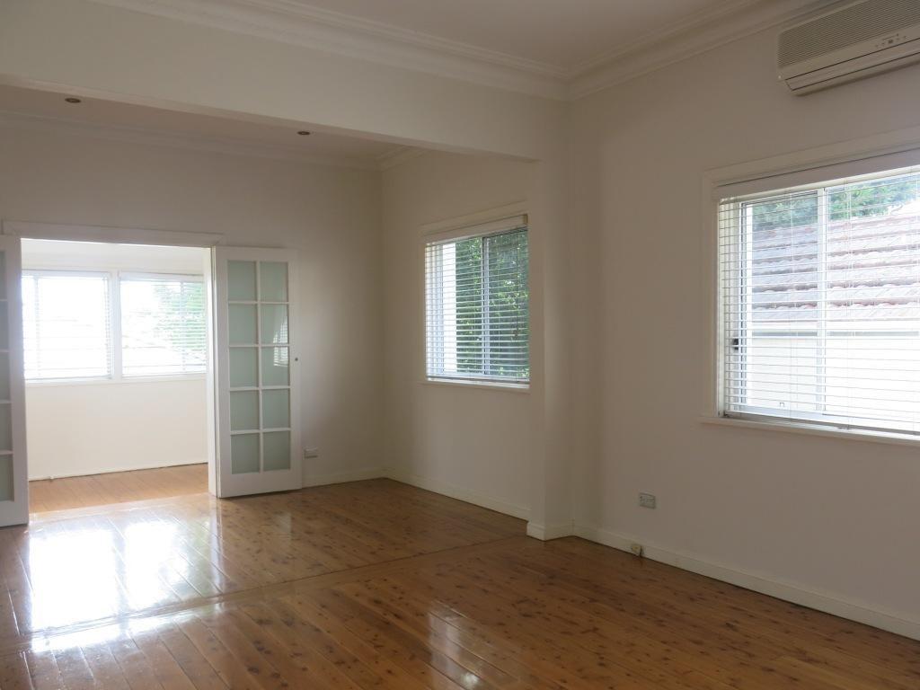 146 Croydon Road, Bexley NSW 2207, Image 2