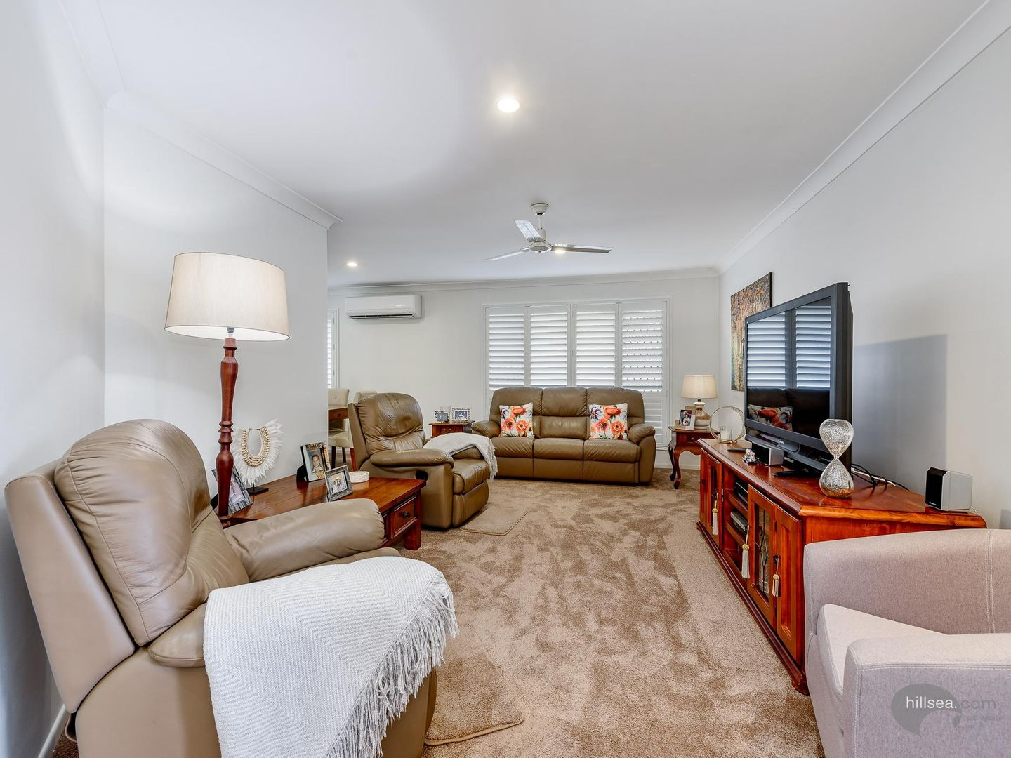 6 Leighanne Crescent, Arundel QLD 4214, Image 2