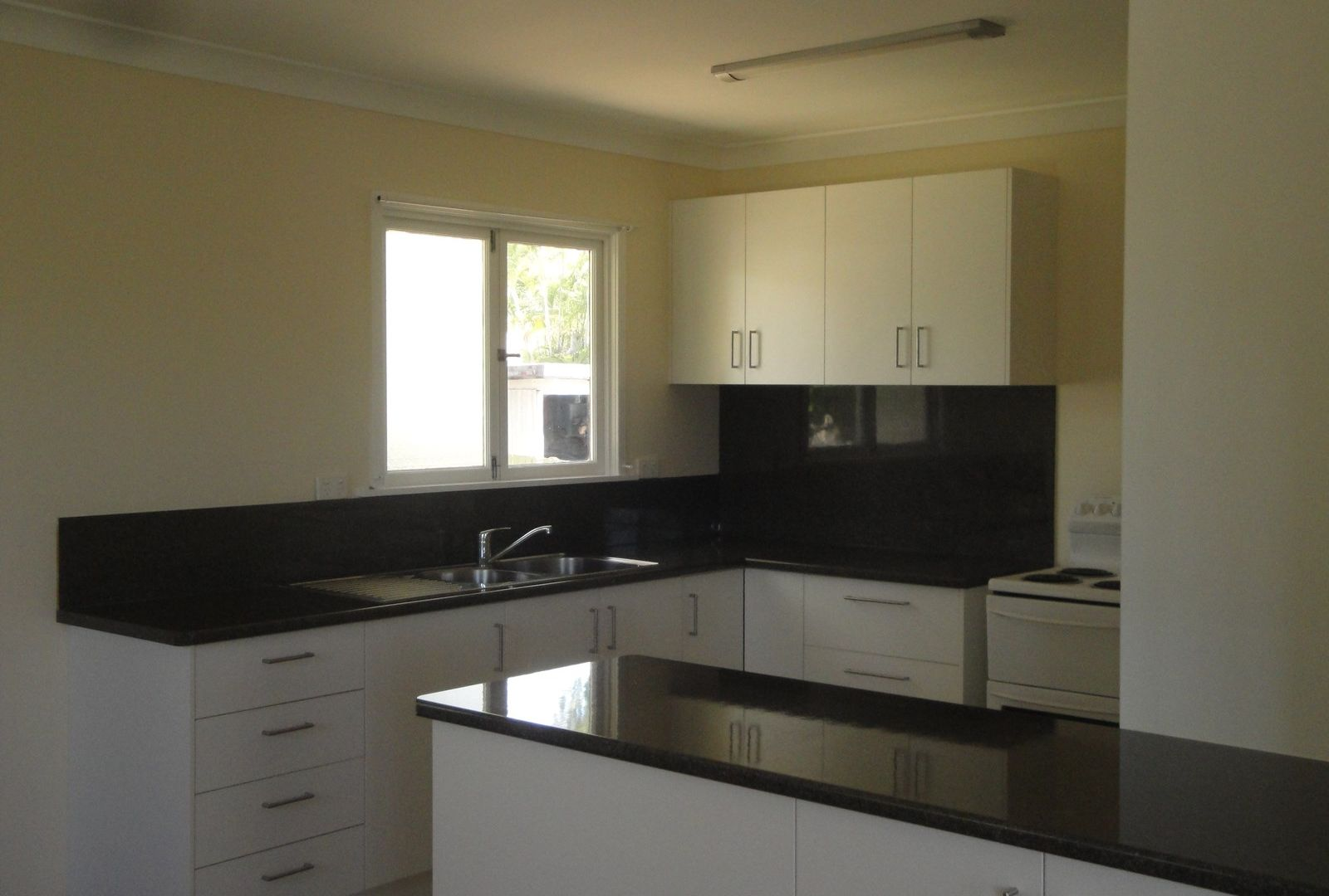 32 Chingford Street, Chermside West QLD 4032, Image 1