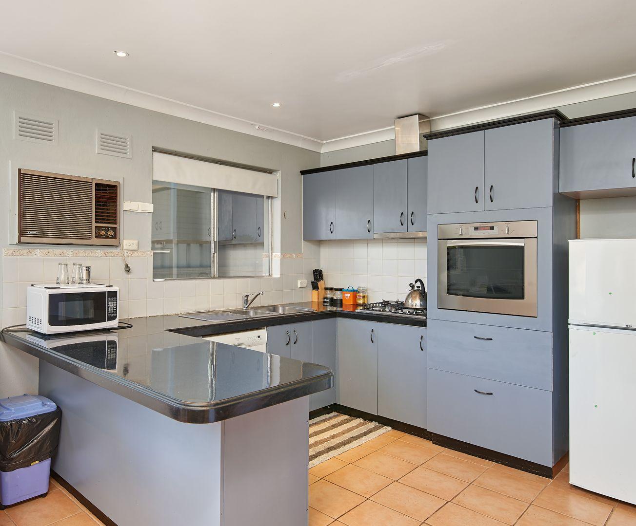 3 Crisp Drive, Wagga Wagga NSW 2650, Image 2