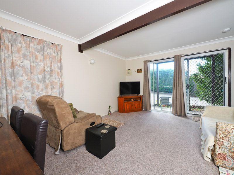 2/108 Smith Road, Woodridge QLD 4114, Image 2