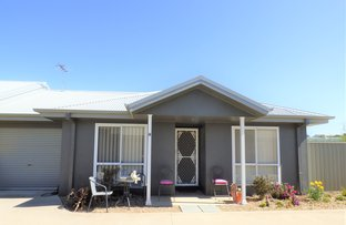 Unit 4 3 Binalong Street, Young NSW 2594